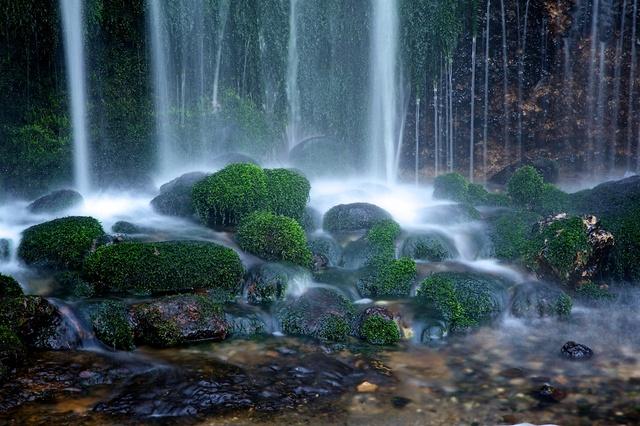 冬の白糸の滝