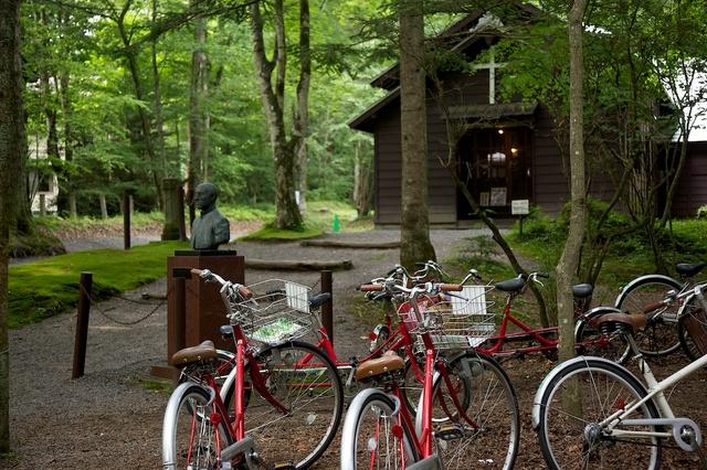 自転車とショー記念礼拝堂