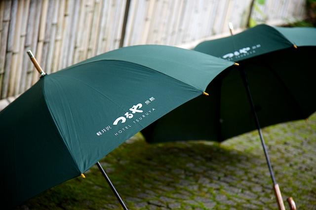 つるや旅館貸し傘