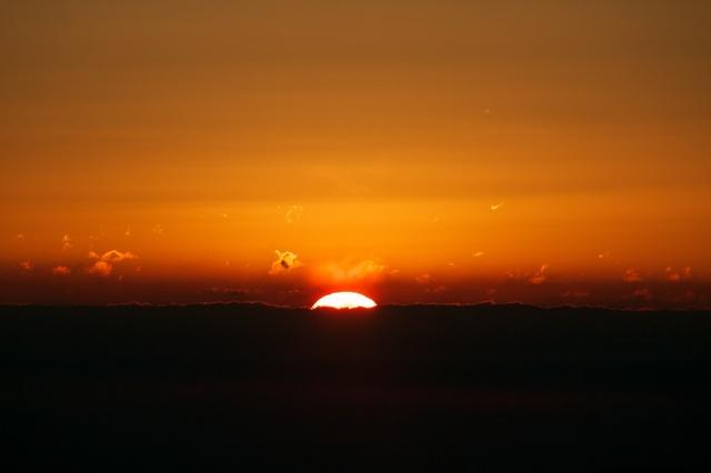 見晴し台からの日の出