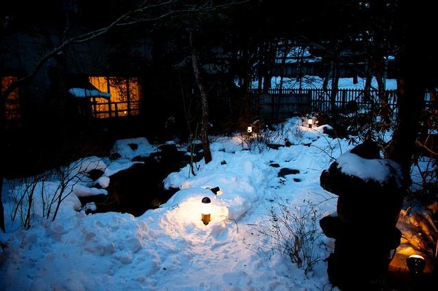 雪だらけの中庭