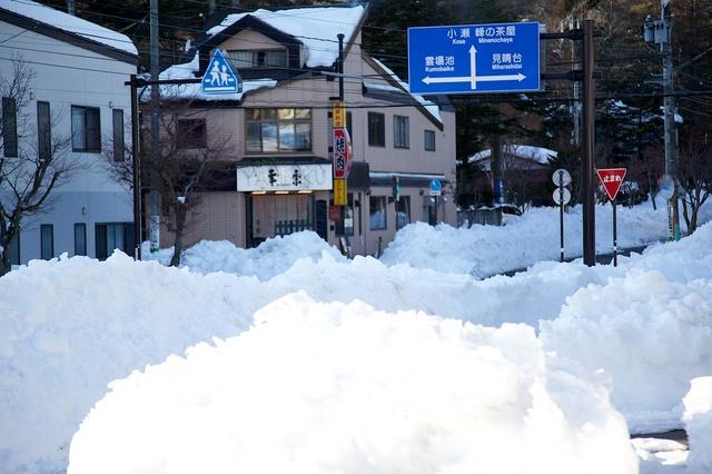 雪の街、軽井沢01