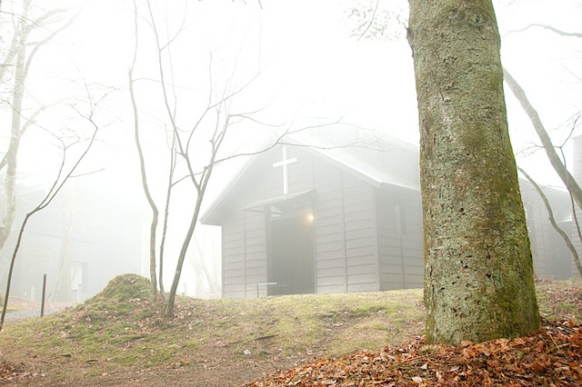 霧のショー記念礼拝堂