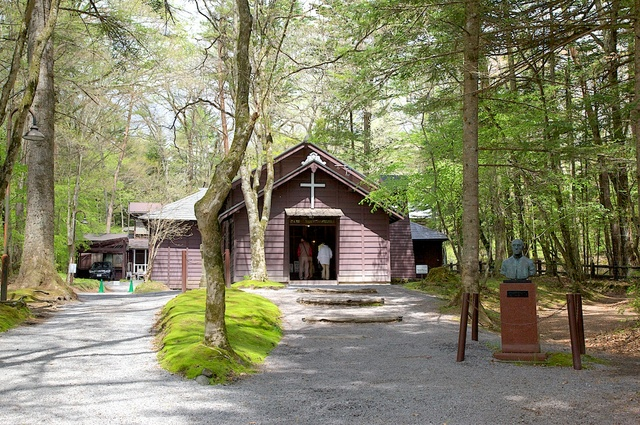新緑のショー記念礼拝堂