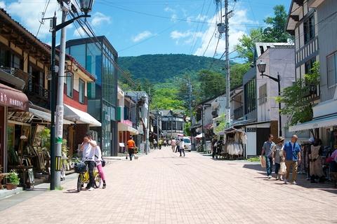 軽井沢宿から坂本宿まで中山道を歩く 第1回:旧軽銀座から吊り橋まで04