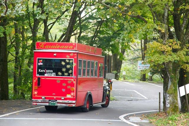 旧軽井沢赤いバス19