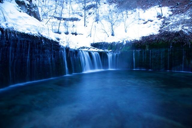 冬の白糸の滝05