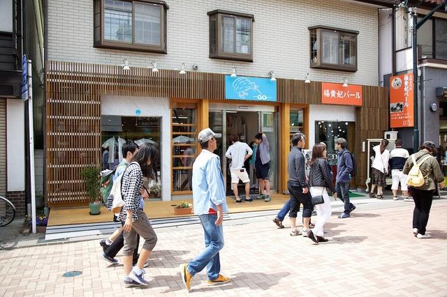 旧軽井沢春の新店舗02