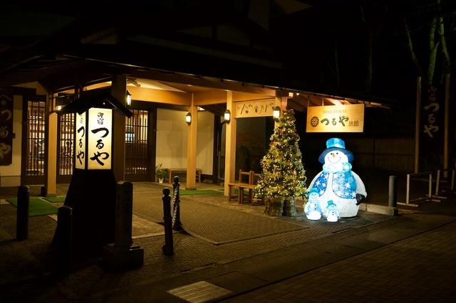 つるや旅館の雪だるまとクリスマスツリー03
